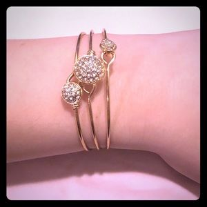 Jewelry - ✨ Gold and Crystal Bangle Set! ✨